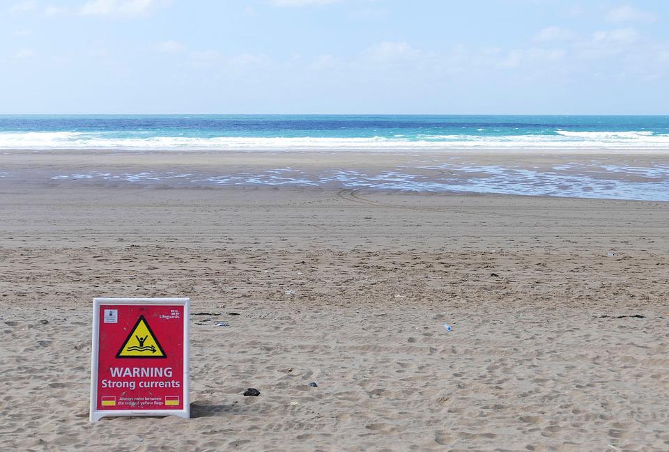 Waarschuwingsbord op het strand | © PIXABAY